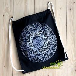 Vak cez ramená s ručne maľovaným vzorom – Mandala strieborno-levandulová